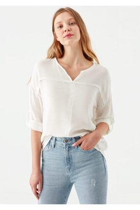 Mavi V Yaka Beyaz Bluz 1
