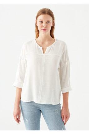 Mavi V Yaka Beyaz Bluz 2