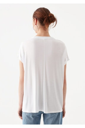 Mavi V Yaka Beyaz Basic Tişört 3