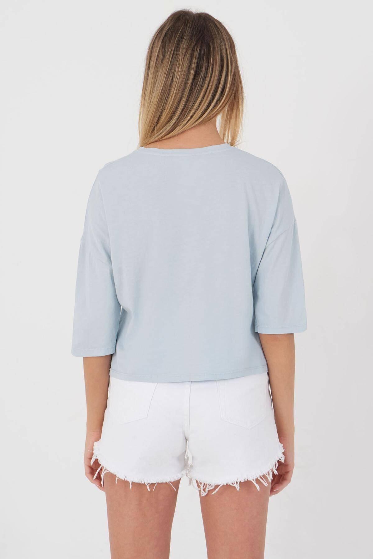 Addax Kadın Buz Mavi Önden Bağlamalı Basic T-Shirt P9306 - K3 Adx-0000018961