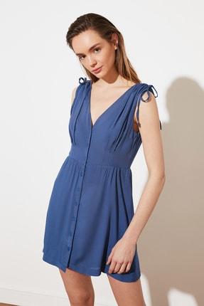 TRENDYOLMİLLA Indigo V Yaka Düğmeli Elbise TWOSS21EL1646 3