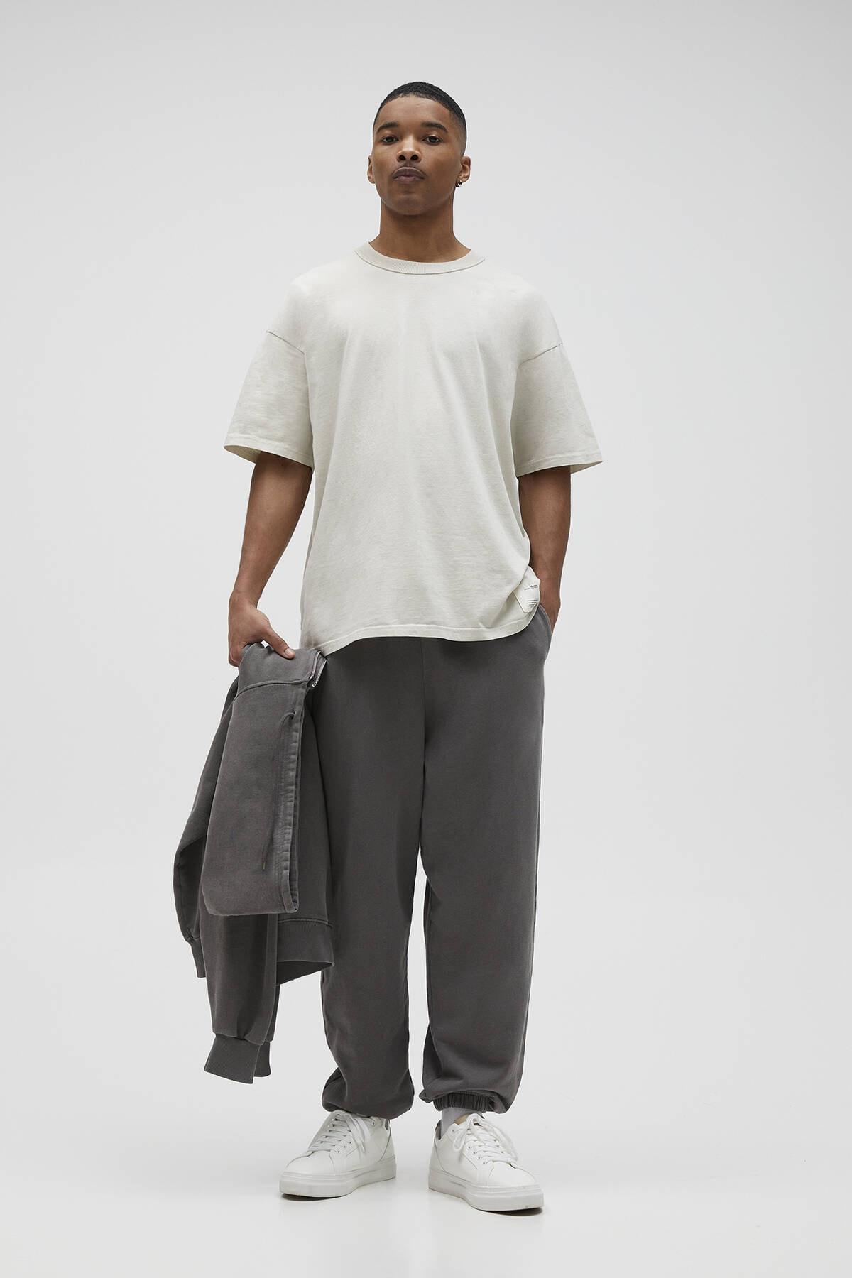Pull & Bear Erkek Kemik Basic Loose Fit T-Shirt 04241517 2