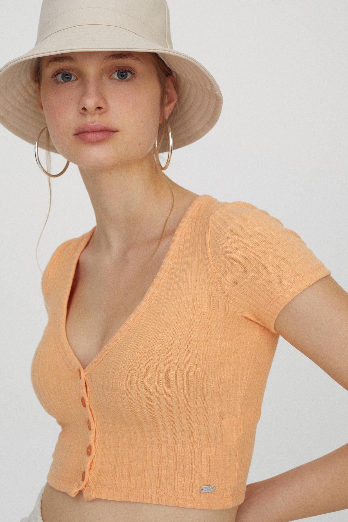 Pull & Bear Kadın Orta Turuncu Önü Dekoratif Düğmeli Fitilli T-Shirt 04240371 4