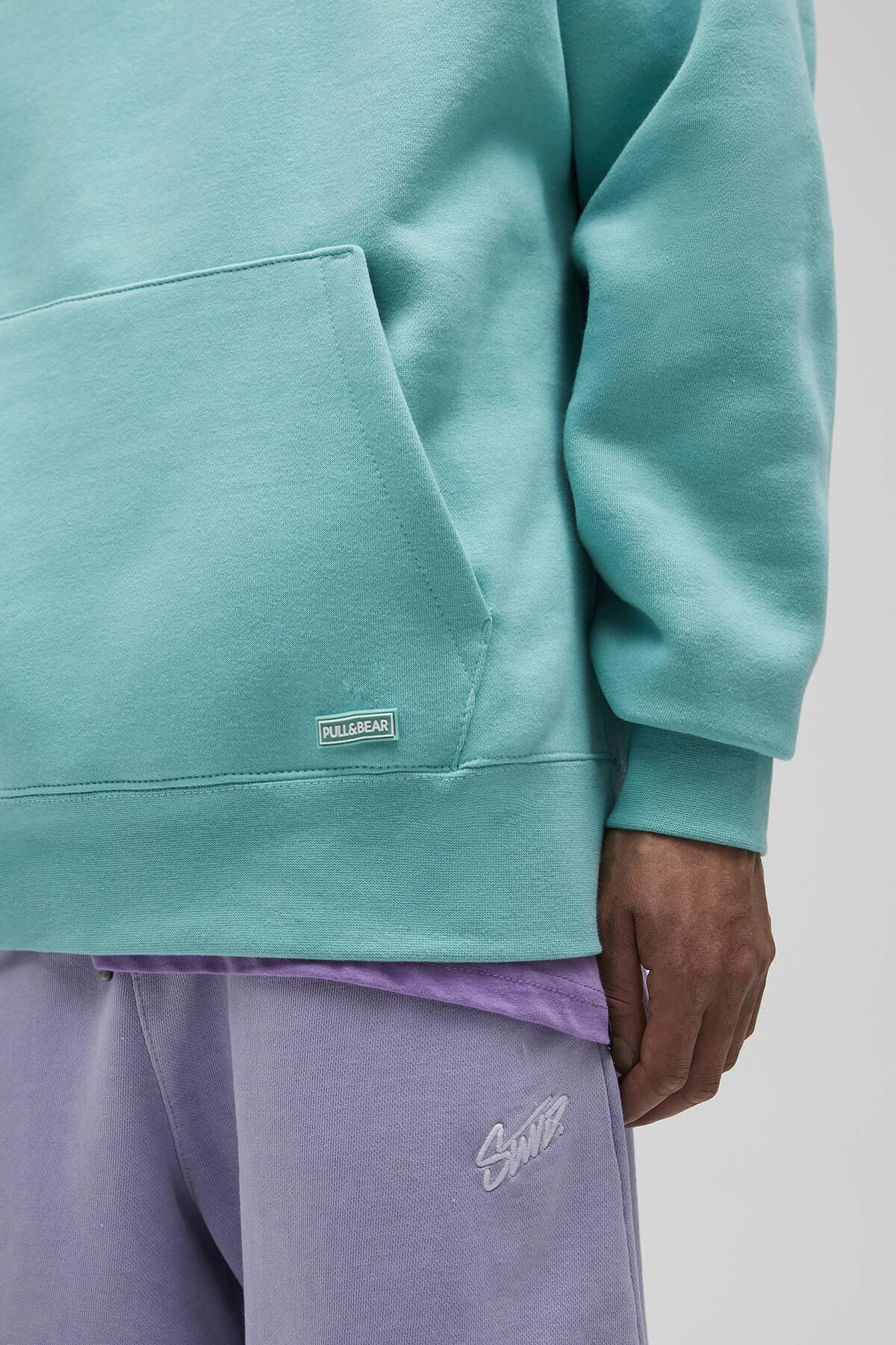Pull & Bear Erkek Açık Yeşil Basic Comfort Fit Kapüşonlu Sweatshirt 09594913 4