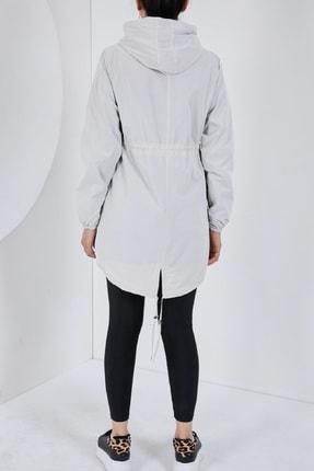 Escetic Kadın Ekru Yağmurluk Ceket 1