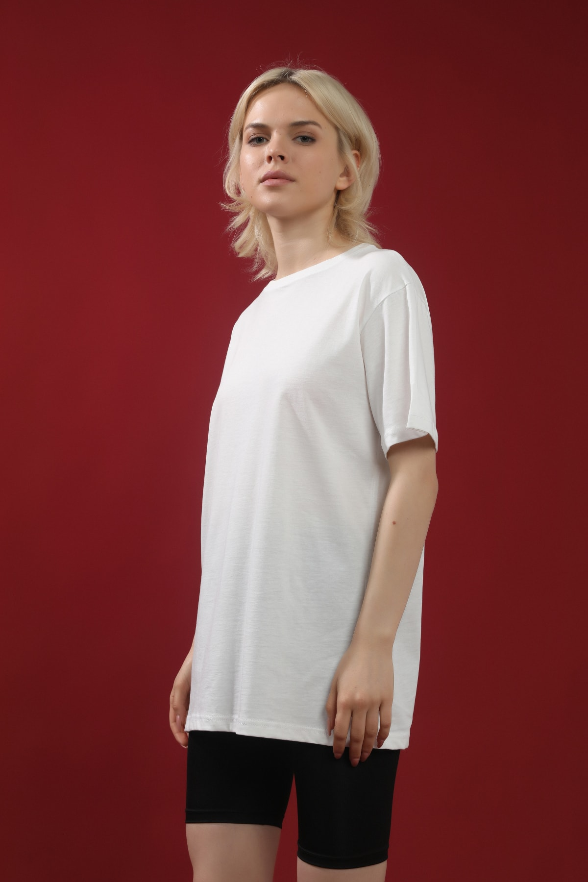 Kadın Beyaz Pamuk Bisiklet Yaka Boyfriend Örme Tshirt