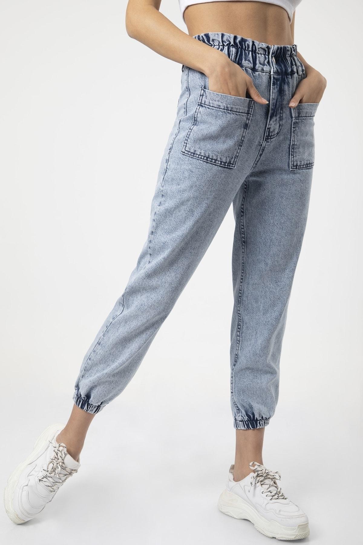 Kadın Mavi Cep Detaylı Paça Lastikli Salaş Kot Pantolon