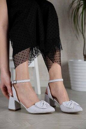 Ccway Kadın Beyaz Puantiyeli Papyonlu Topuklu Sandalet 1