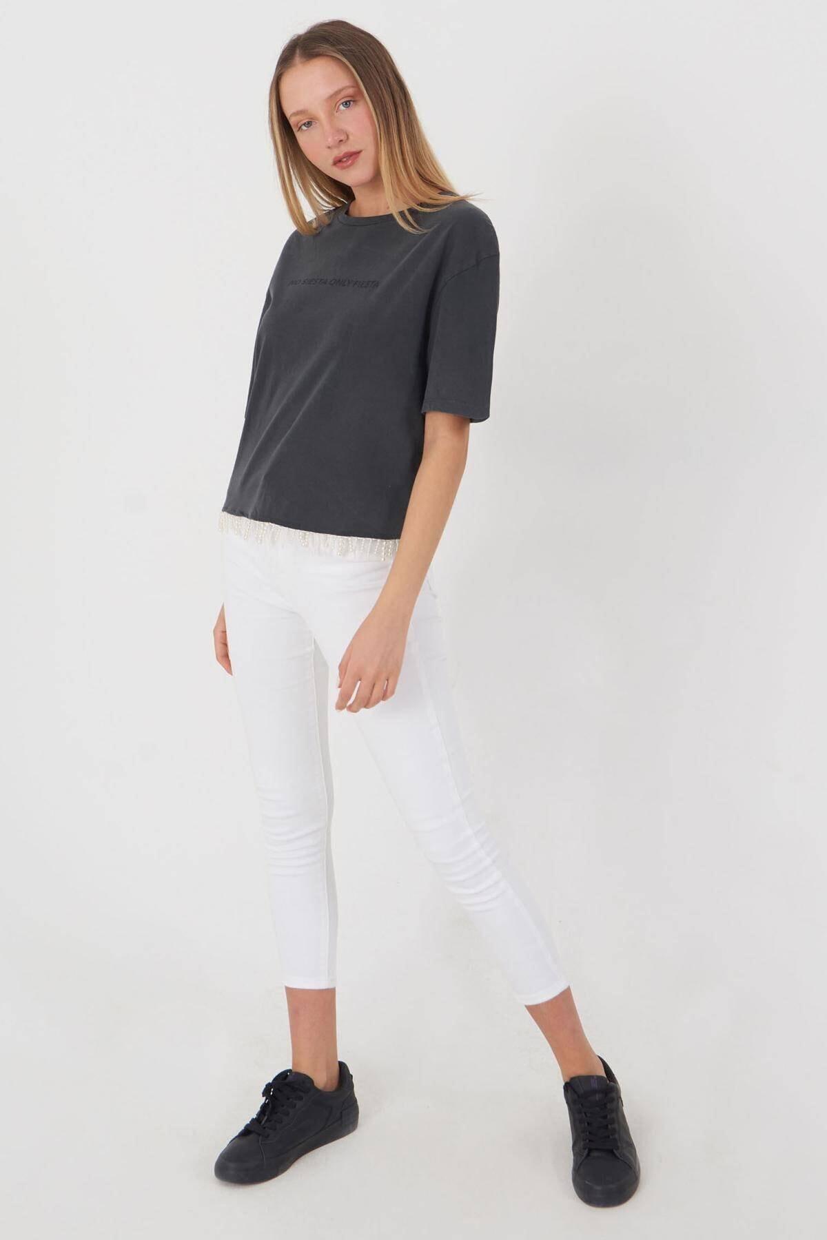 Addax Kadın Füme Boncuk Detaylı Tişört P12236 - T10 Adx-0000023903 3