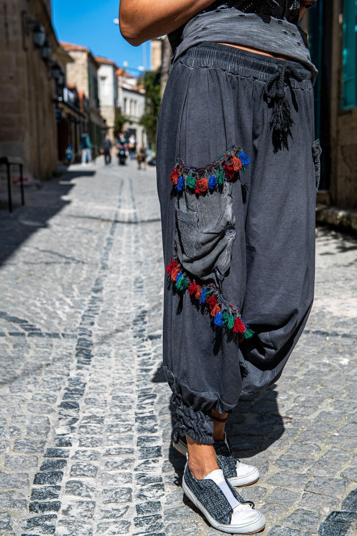 Güneşkızı Kadın Antrasit Yıkamalı Paçası Bağlamalı Püsküllü Salaş Şalvar Pantolon GK-RSD2032 1