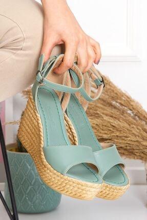 derithy Dolgu Topuklu Ayakkabı 1