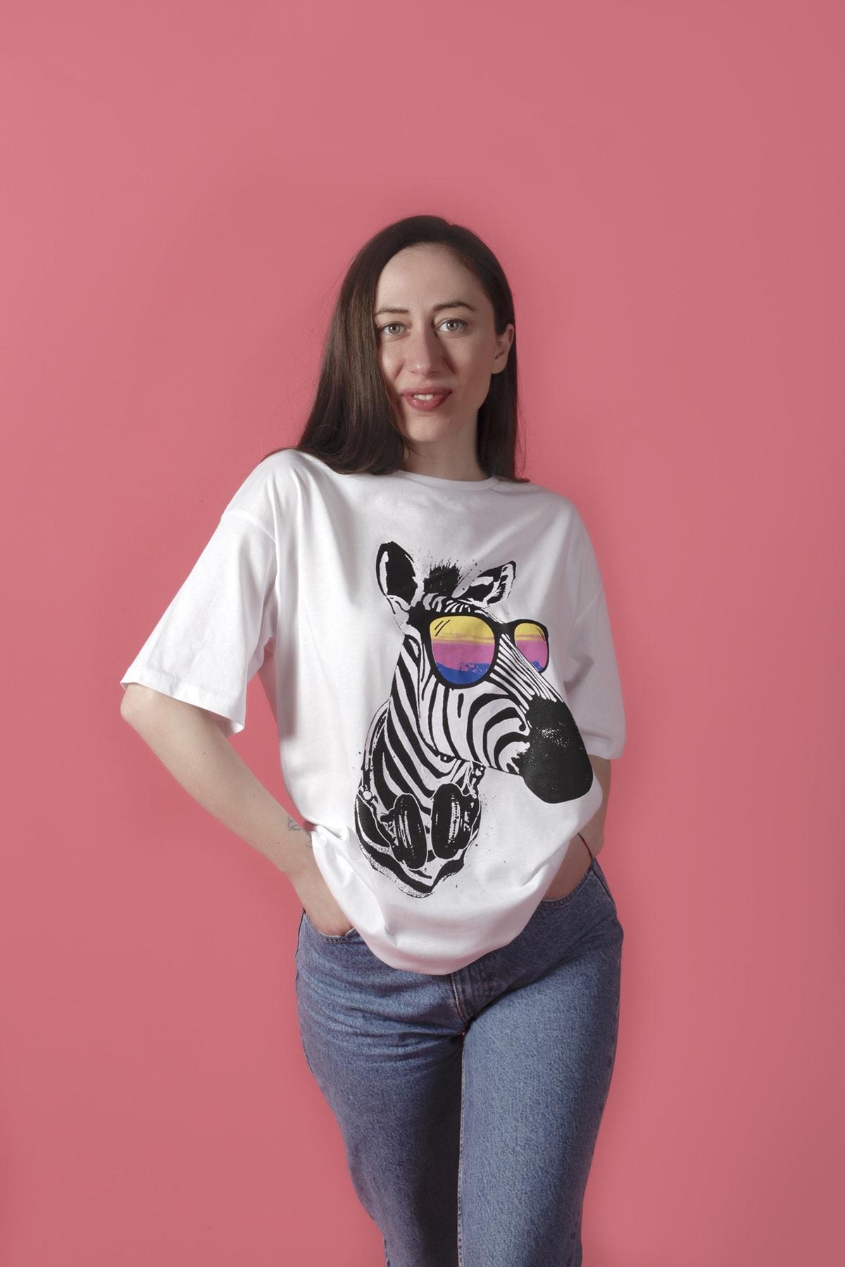 Beyaz Zebra Baskılı Oversize  Tişört
