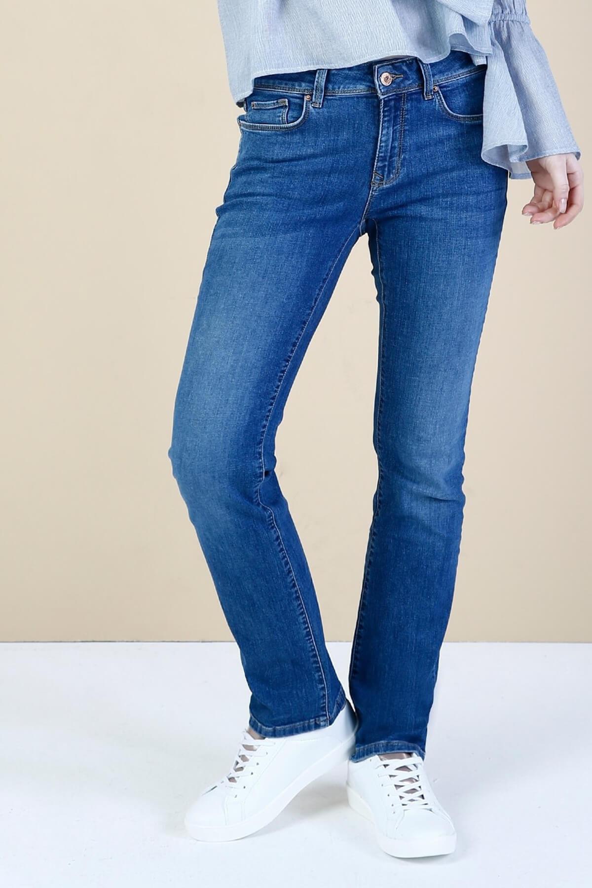 KADIN 792 Mıla Orta Bel Düz Paça Regular Fit Mavi Kadın Jean Pantolon CL1034581