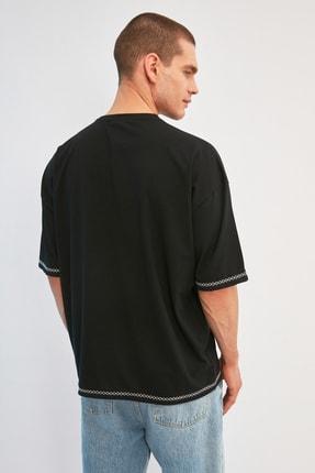 TRENDYOL MAN Siyah Erkek Oversize Bisiklet Yaka Kısa Kollu Nakışlı T-Shirt TMNSS21TS1888 4