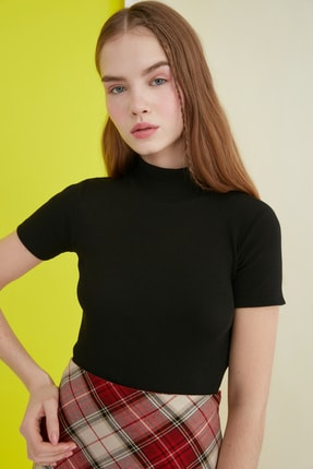 TRENDYOLMİLLA Siyah Crop Örme Bluz TWOSS21BZ0780 0