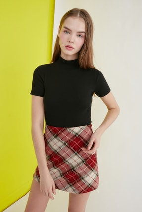 TRENDYOLMİLLA Siyah Crop Örme Bluz TWOSS21BZ0780 2