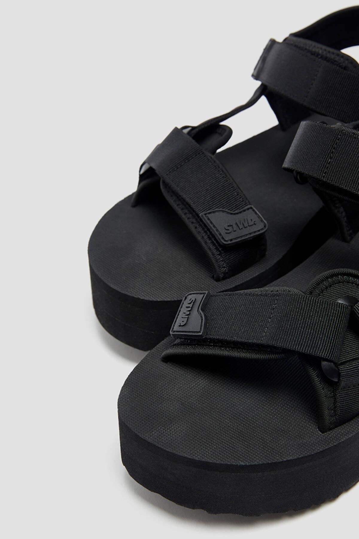 Pull & Bear Kadın  Siyah Tırtıklı Tabanlı Platform Sandalet 11703740 4