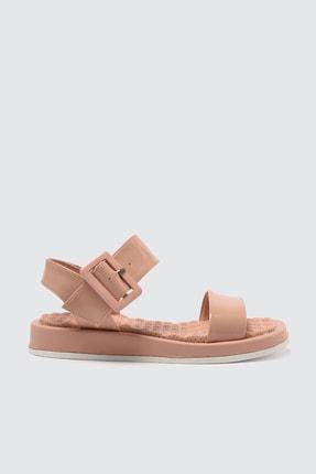 TRENDYOLMİLLA Somon Kalın Tabanlı Tokalı Rugan Kadın Sandalet TAKSS21SD0033 1