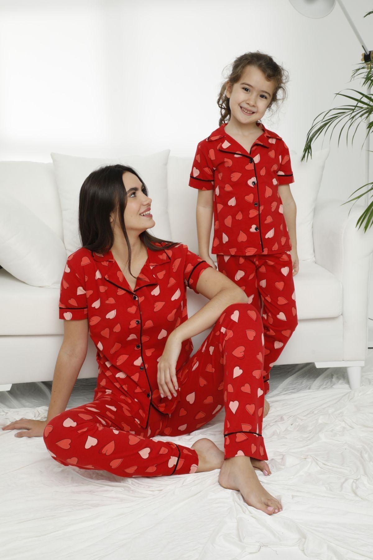 Kadın Desenli Pamuklu Likralı Düğmeli Pijama Takım