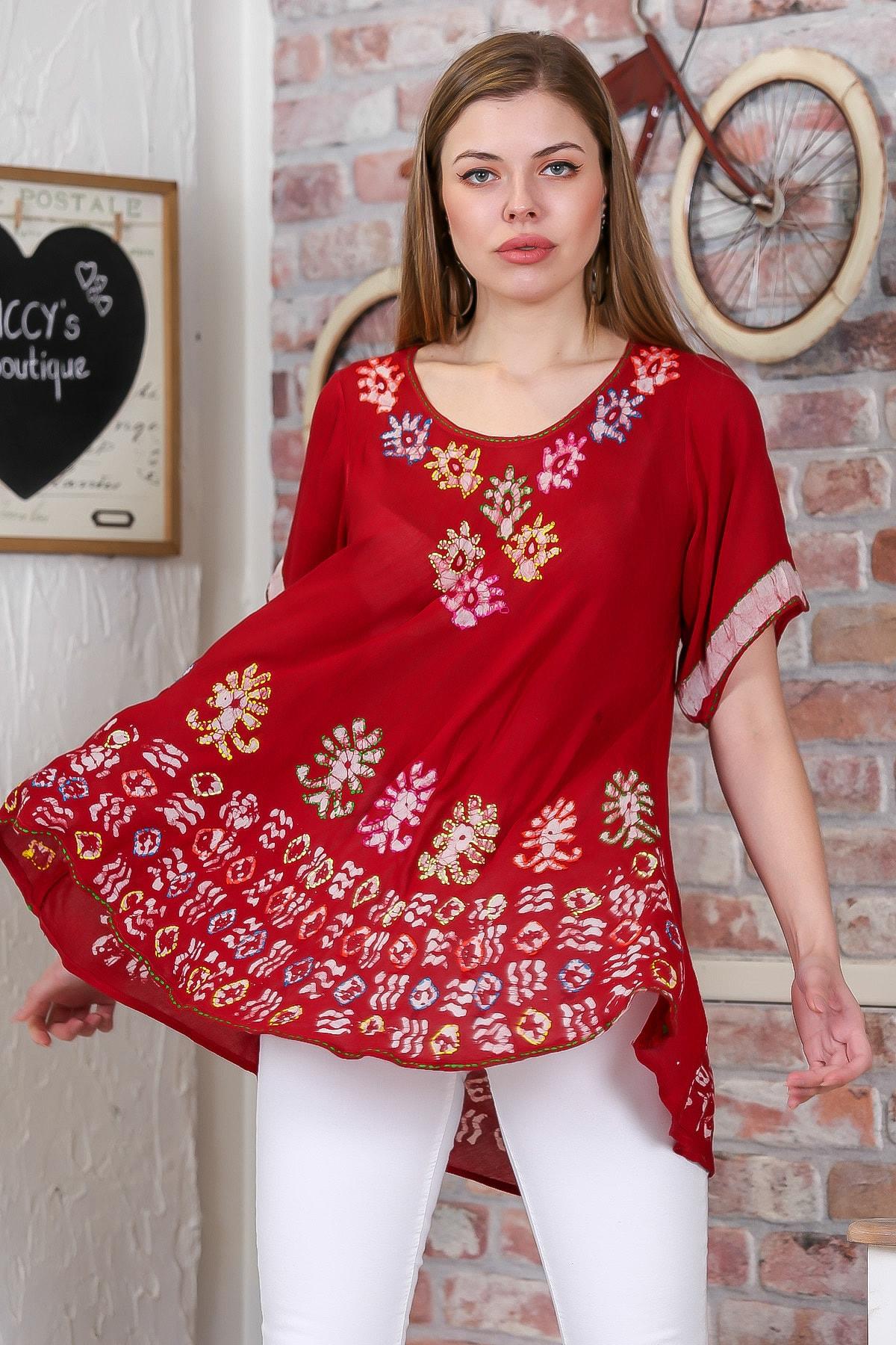 Chiccy Kadın Kırmızı Çiçek Baskılı Nakış Dikişli Kısa Kol Batik Salaş Dokuma Bluz M10010200BL95495 3