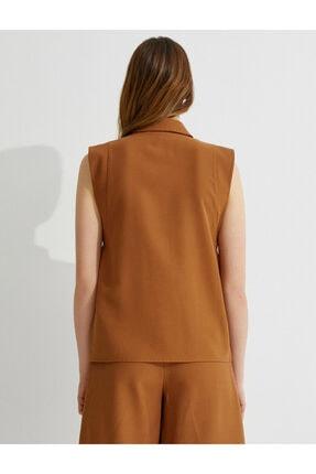 Koton Kadın Kahverengi Kolsuz Gömlek 3