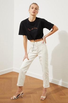 TRENDYOLMİLLA Beyaz Bel Detaylı Yüksek Bel Straight Jeans TWOSS20JE0425 2