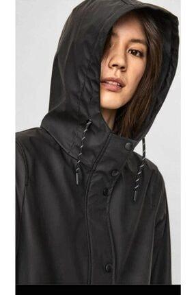 Vero Moda Kadın Siyah Beli Büzmeli Kapüşonlu Yağmurluk 4
