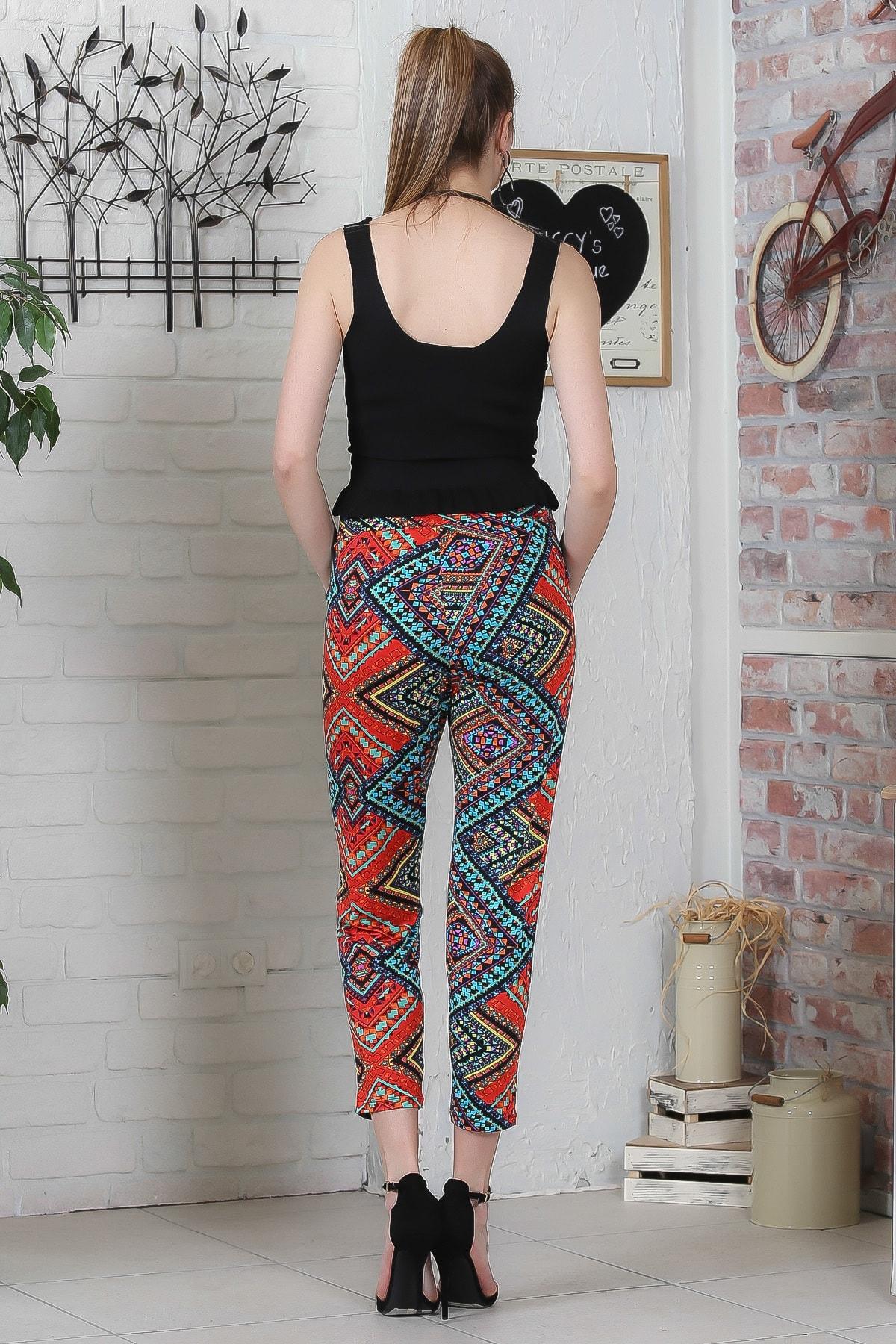 Chiccy Kadın Kırmızı-Siyah Kilim Desenli Bağlamalı Dar Paça Pantolon M10060000PN98923 4