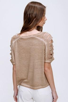 Trend Alaçatı Stili Kadın Camel Kolları Lazer Kesimli Yıkamalı T-Shirt MDA-1122 2
