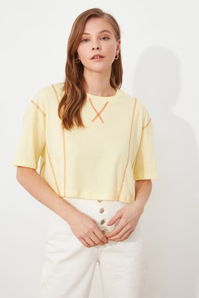 TRENDYOLMİLLA Sarı Loose Crop Örme T-Shirt TWOSS21TS2690 0