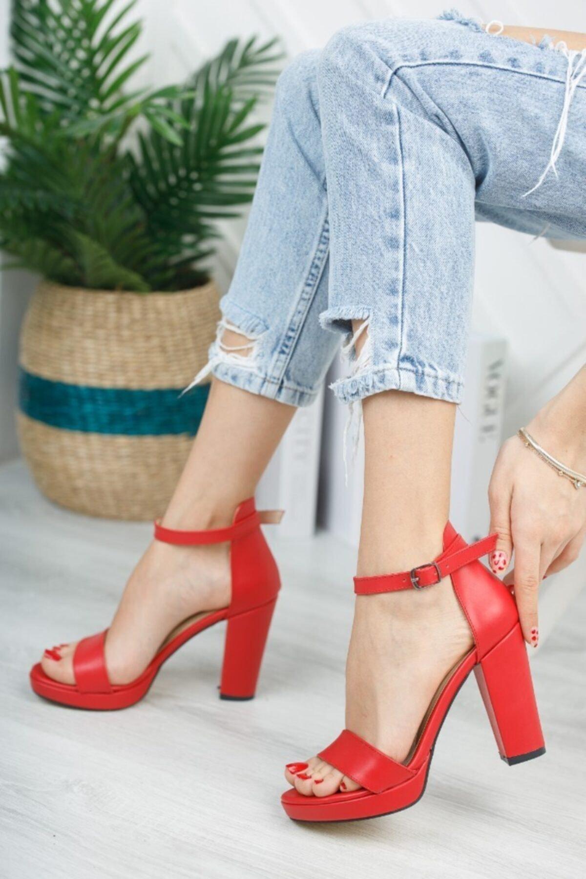 Kadın Kırmızı Zenne Ayakkabı