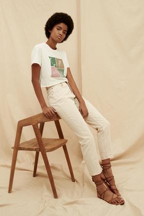 TRENDYOLMİLLA Ekru Yüksek Bel %100 Organik Pamuk Mom Jeans TWOSS21JE0302 2