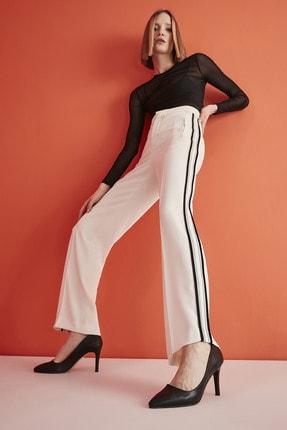 Yaya by Hotiç Suni Deri Siyah Kadın Klasik Topuklu Ayakkabı 01AYY209070A100 0