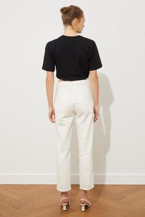 TRENDYOLMİLLA Beyaz Bel Detaylı Yüksek Bel Straight Jeans TWOSS20JE0425 3
