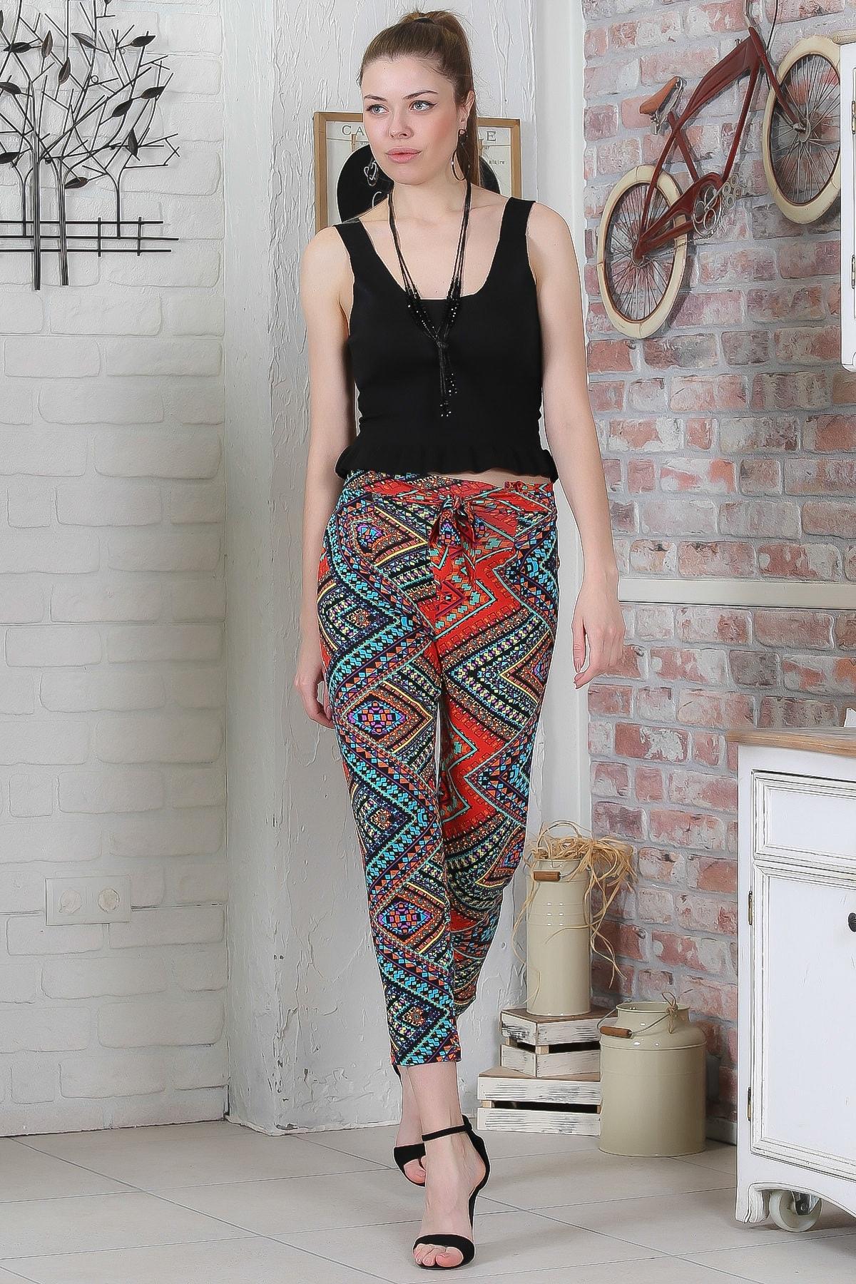 Chiccy Kadın Kırmızı-Siyah Kilim Desenli Bağlamalı Dar Paça Pantolon M10060000PN98923 1