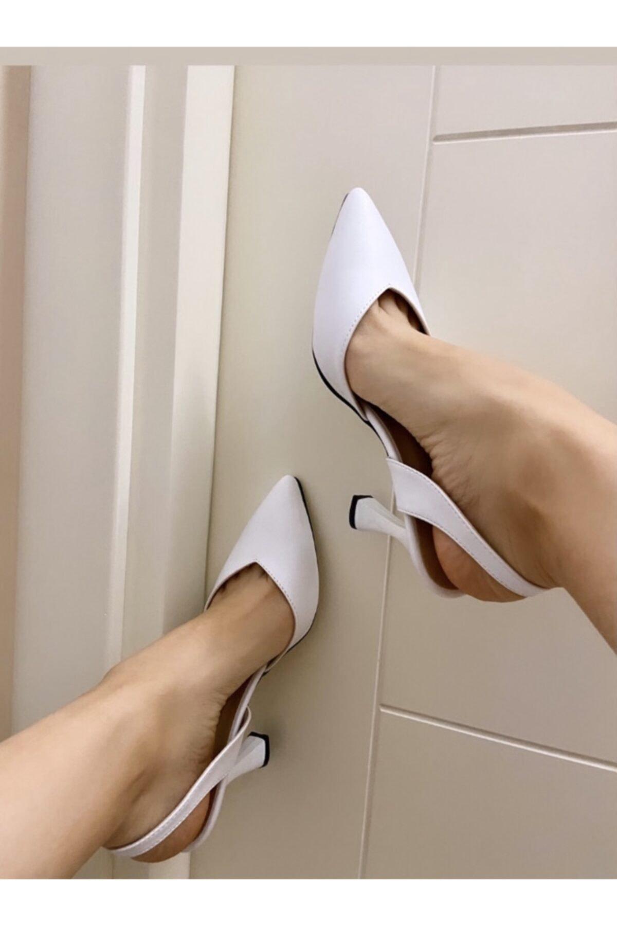 Kadın Beyaz Klasik Topuklu Ayakkabı