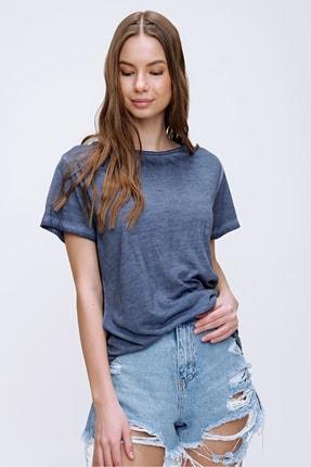 Trend Alaçatı Stili Kadın Lacivert Lazer Kesimli Yağ Yıkamalı T-Shirt MDA-1117 4