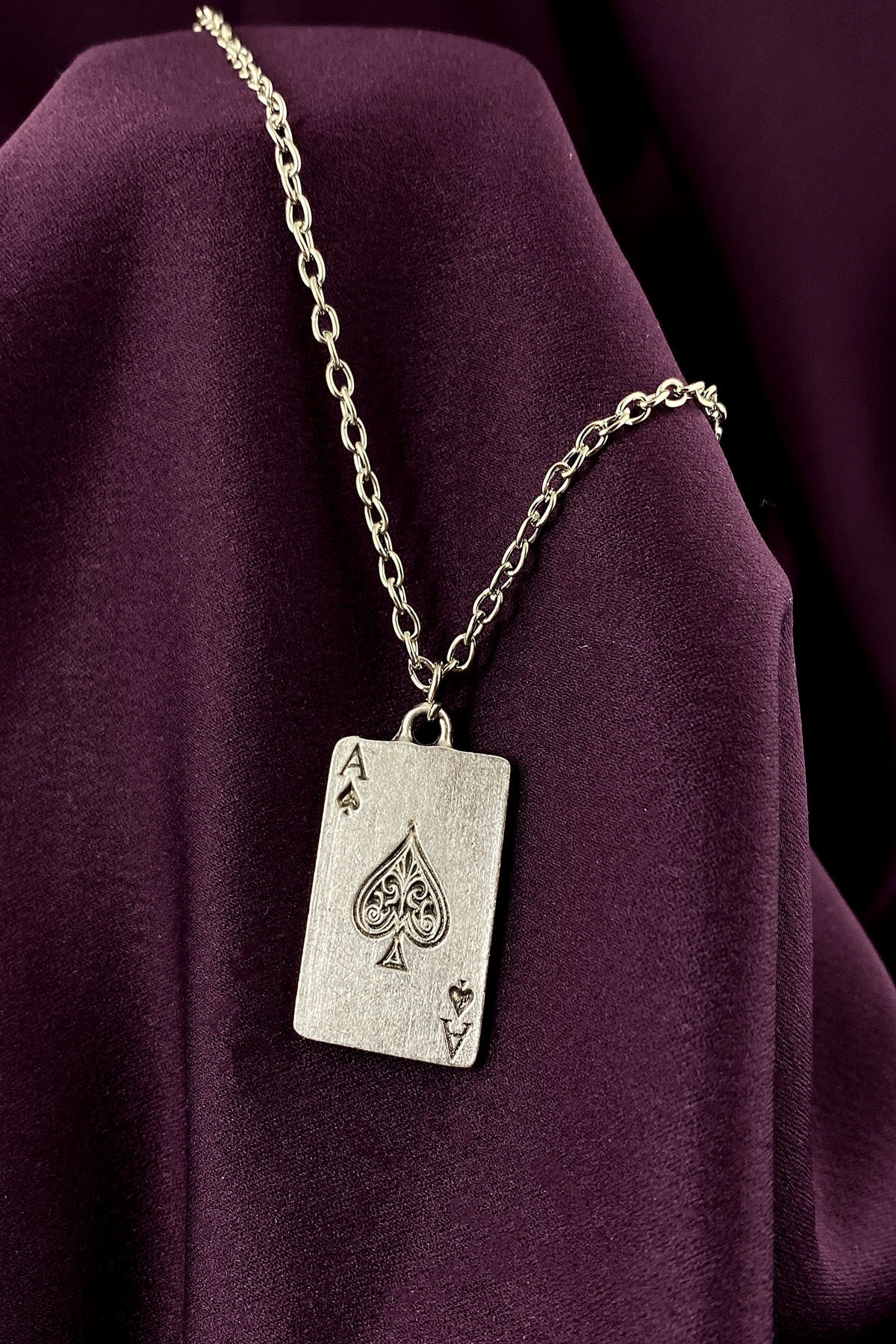 Maça As Poker İskambil Mat Gümüş Kaplama Zincir Kolye