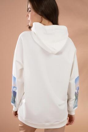Pattaya Kadın Beyaz Kol Detaylı Kapşonlu Sweatshirt P20W-4128 4