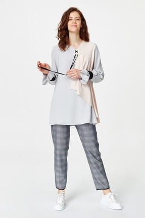 Mizalle Kadın Gri Önü Bağcıklı Tasarım Bluz 19YGMZL1012003 0