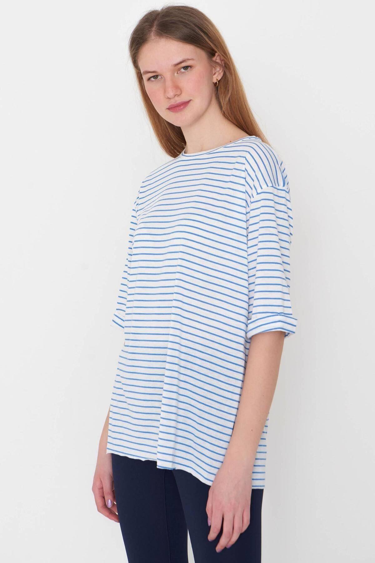 Addax Kadın Saks Mavi Çizgili T-Shirt P6687 - S13 Adx-0000023923 3