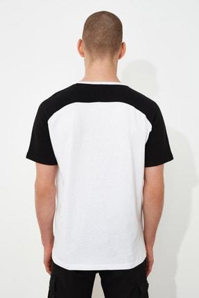 TRENDYOL MAN Beyaz Erkek Regular Fit T-Shirt TMNSS21TS0820 3
