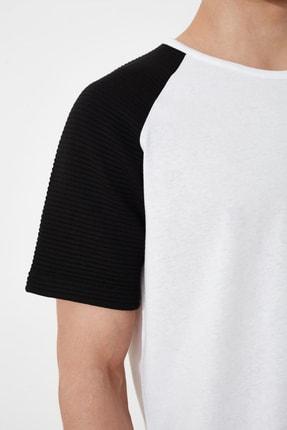 TRENDYOL MAN Beyaz Erkek Regular Fit T-Shirt TMNSS21TS0820 4