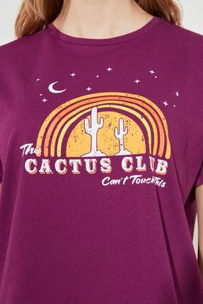 TRENDYOLMİLLA Mor Baskılı Semi Fitted Örme T-Shirt TWOSS20TS0804 3