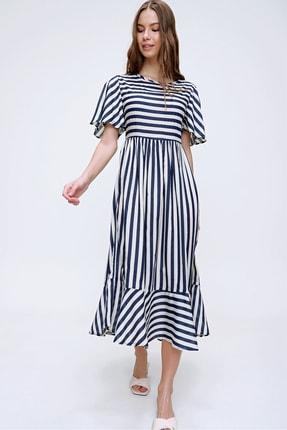 Trend Alaçatı Stili Kadın Ekru Çizgili Etek Ucu Volanlı Dokuma Elbise ALC-X6051 4