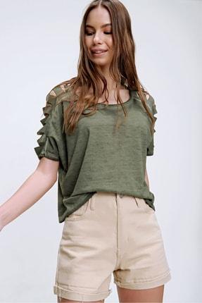 Trend Alaçatı Stili Kadın Haki Kolları Lazer Kesimli Yıkamalı T-Shirt MDA-1122 0
