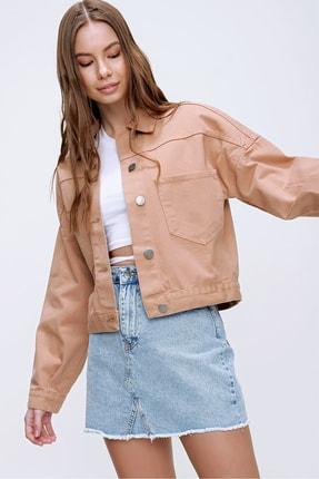 Trend Alaçatı Stili Kadın Açık Bej Crop Denim Ceket ALC-X3631-RV 0