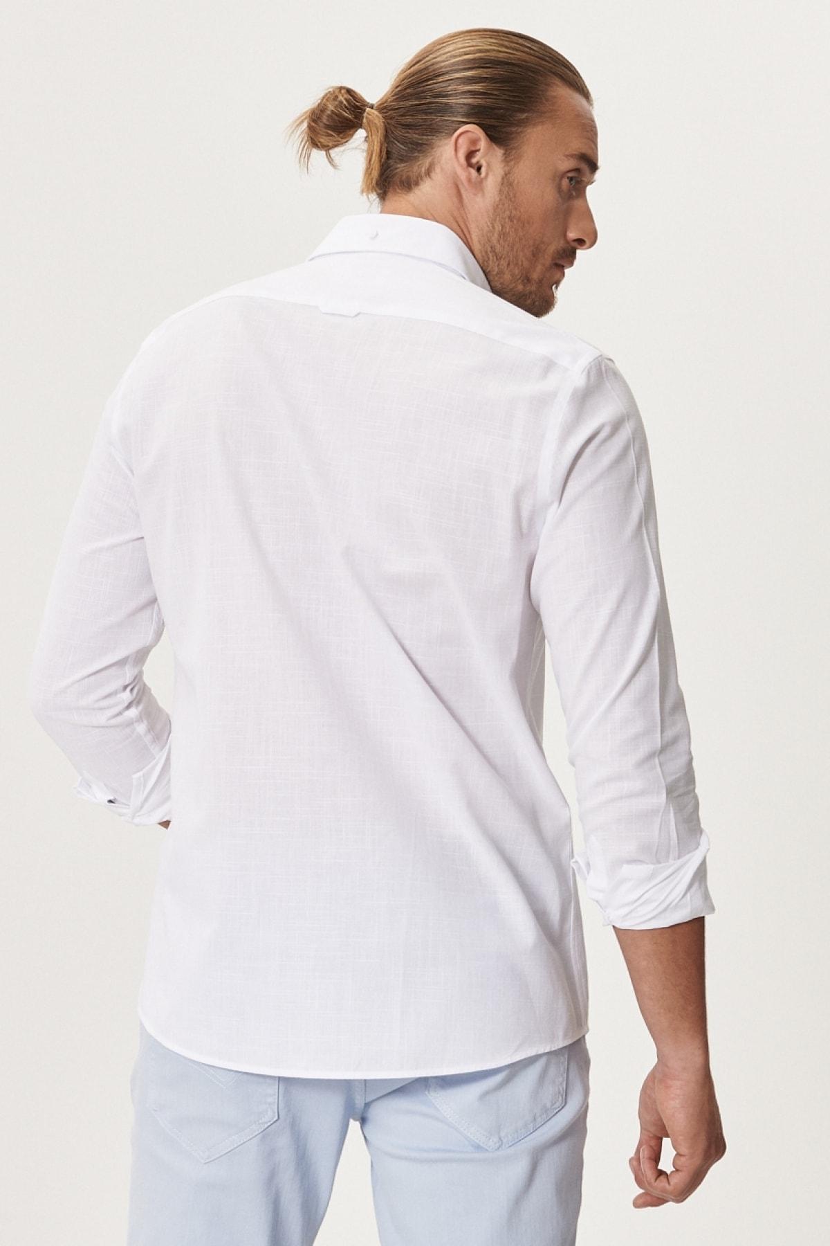 Altınyıldız Classics Erkek Beyaz Tailored Slim Fit Dar Kesim Düğmeli Yaka %100 Koton Gömlek