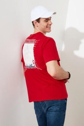 TRENDYOL MAN Kırmızı Baskılı Bisiklet Yaka T-Shirt TMNSS20TS0638 2