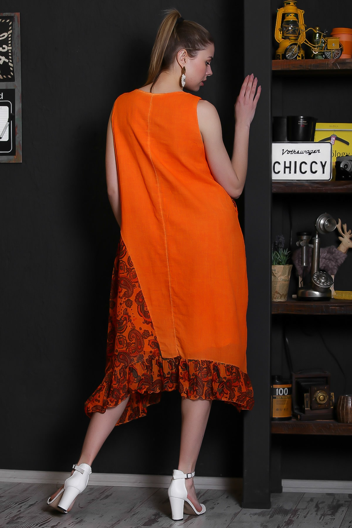 Chiccy Kadın Turuncu V Yaka Kolsuz Şal Desenli Tülbent Detaylı Kopenakili Astarlı Elbise M10160000EL95319 4